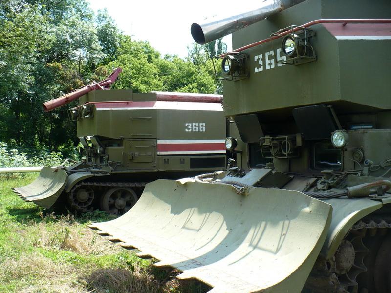 Попри те, що один з пожежних танків постраждав під час вибухів, сьогодні він відремонтований, пофарбований і цілком справний