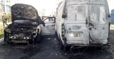 Чоловік спалив 4 автівки через ревнощі