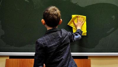 Деякі школи можуть продовжити навчання у червні - МОН