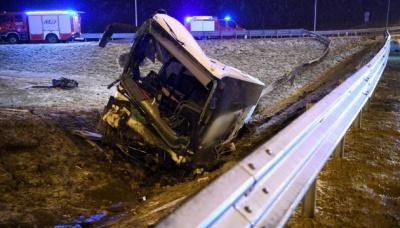 У Польщі тимчасово закрили з'їзд із дороги на місці ДТП українських автобусів