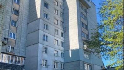 2-річна дівчинка випала з вікна 8 поверху: поліція розслідує загибель дитини