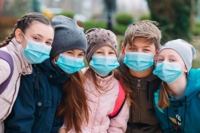 Канада першою в світі дозволила щепити дітей вакциною Pfizer