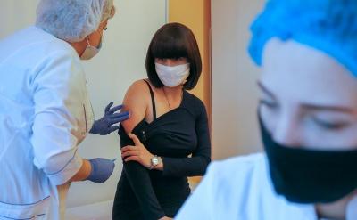Кількість госпіталізацій та смертей після Covid-вакцинації стрімко впала, - дослідження вчених