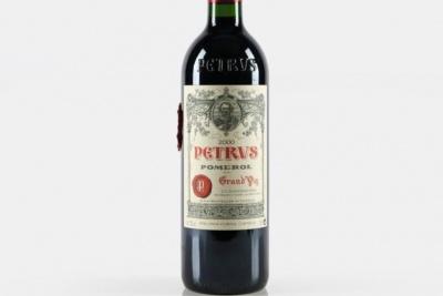Пляшку вина Petrus, що пробула в космосі понад рік, продадуть на аукціоні